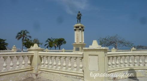 Bastidas estatua